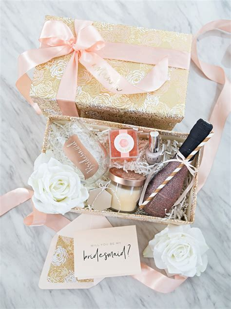 """How To Make The Sweetest """"Will You Be My Bridesmaid?"""" Gift"""
