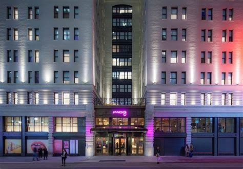 MOXY NYC TIMES SQUARE (New York City) - Hotel Reviews