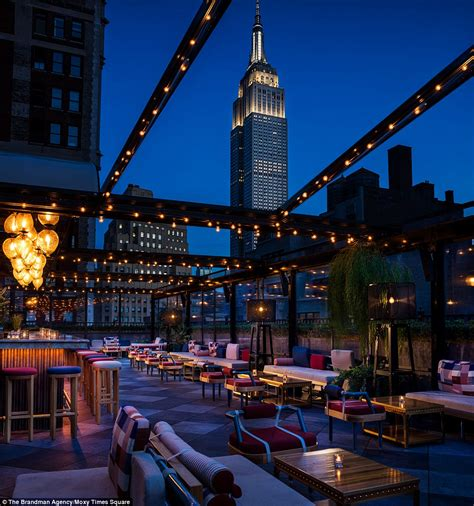 Review of the Moxy Times Square hotel in New York | Daily