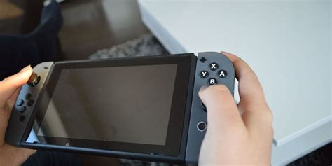 This Fake Nintendo Switch Looks Just Like the Real Thing