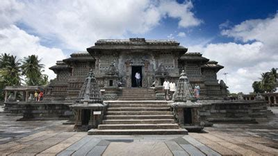 Most Famous Historical Monuments in Karnataka   HHI Blog