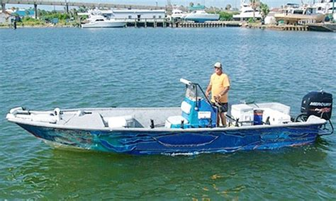 WADING THE TEXAS CITY DIKE - Texas Saltwater Fishing Guide