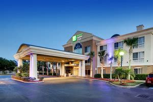 Hotels near I-95 at Old St Augustine Road in Jacksonville
